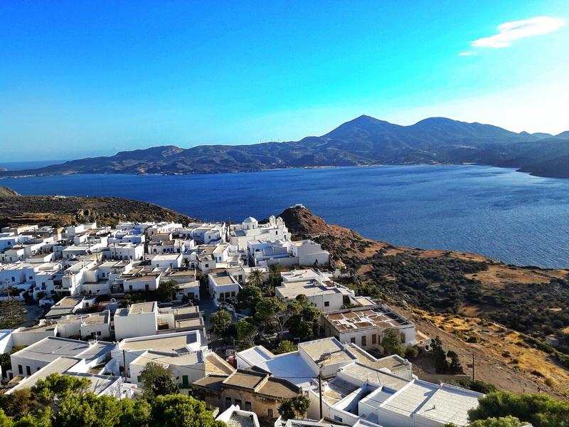 Milos Plaka prestonica ostrva