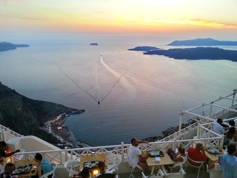 Santo vine Santorini