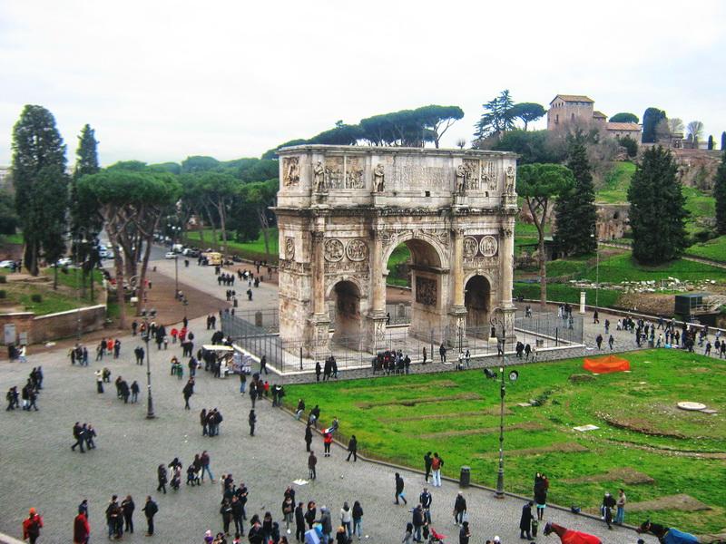Konstantinov slavoluk Rim