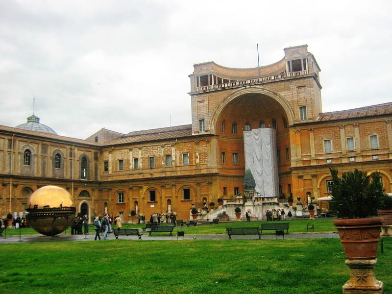 Vatikan Rim unutrašnje dvorište